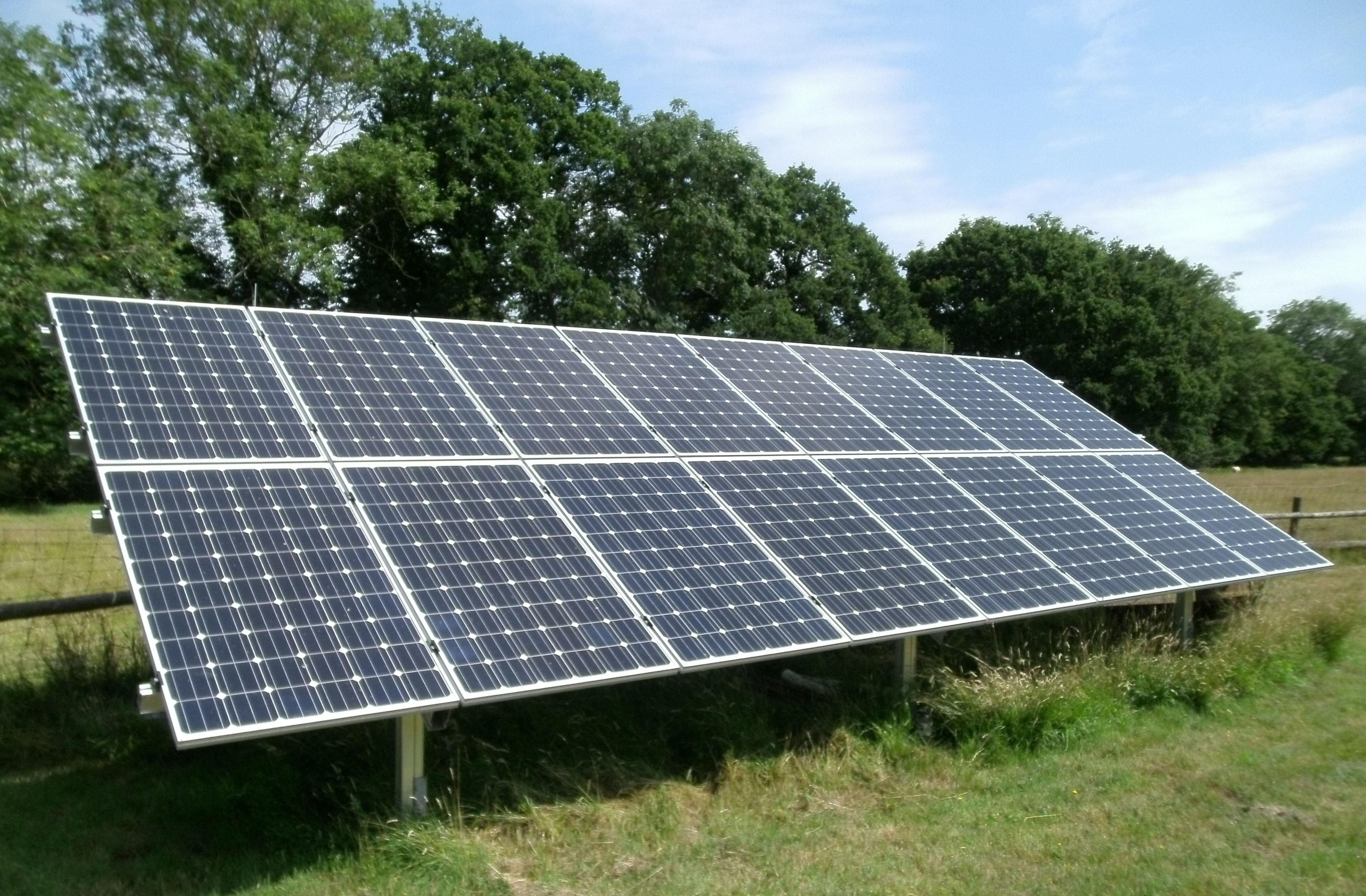 Ashford 2012 Solarage Solar Panel And Heat Pump